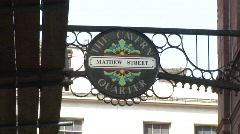 Pull out from The Cavern Quarter Sign to Wide of mathew ST (Liv001) Stock Footage