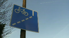 Cycle lane sign Stock Footage