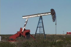 Oil wells in Texas Stock Footage