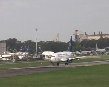 Stock Video Footage of Taxiing aircraft (Buenos Aires)