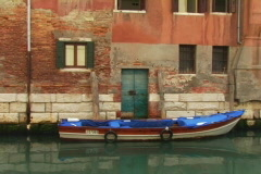 Blue boat in venice Stock Footage