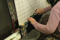 Weaving silk carpet with double knots 4 Stock Footage