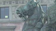 Milan Bronze statue zoom out Stock Footage