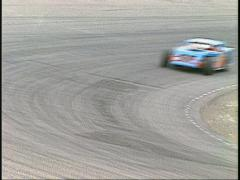 Motorsports, IMCA modified race stay on corner ws Stock Footage