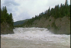 Bow Falls high flow  Stock Footage