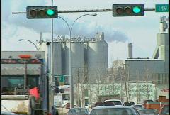 Liikenteen Yellowhead valtatie, Edmonton, kevättalvella, # 2 Arkistovideo