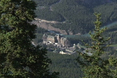 Banff Springs Hotel push in Stock Footage