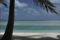 Aitutaki Atoll iagoon - stock footage