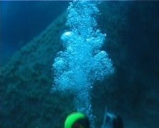 Diver Bubbles (D081) Stock Footage