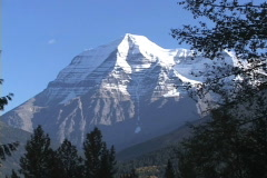 Mt Robson MS static Stock Footage