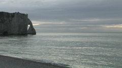 Etretat plage coucher soleil 2 Sunset beach Stock Footage
