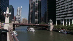 Chicago: Tourist boat on the Chicago River Stock Footage