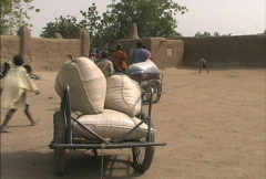 Loaded cart at Djenne market Stock Footage