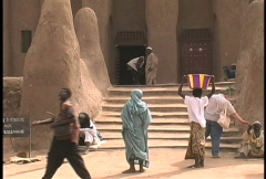 Djenne entrance to mud brick mosque  Stock Footage