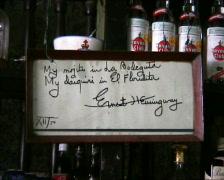 Hemingway bodeguita del medio Stock Footage