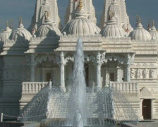 Hindu Temple Zoom-Out - stock footage