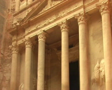 Facade of Treasury in Petra, Jordan. Stock Footage