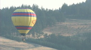 Hot air balloon in Oregon wine country Stock Footage