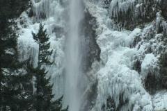 Multnomah Falls in ice Stock Footage