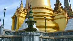 Thai temple stupa, Wat Phra Kaew Stock Footage