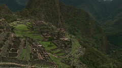 Machu Pichu Tilt up Alt - stock footage
