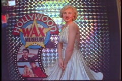 A diorama of Marilyn Monroe decorates the Hollywood Wax Museum. Stock Footage