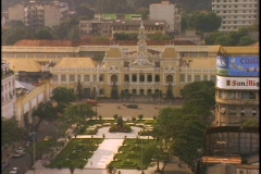 Streets surround an elegant garden in Saigon, Ho Chi Minh City, Vietnam. Stock Footage