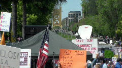 Tea party, tax rebellion Stock Footage
