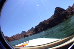Lake havasu gorge boat trip Stock Footage