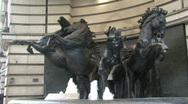 Bronze horses fountarin zoom in Stock Footage