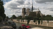 Notre dame of Paris Stock Footage