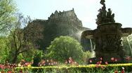 Stock Video Footage of Edinburgh Castle & Fountain