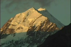 Mount Cook, a majestic peak, stands out among the Southern Alps in New Zealand. Stock Footage