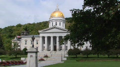 A gold dome tops the capital building in Montpelier, Vermont. Stock Footage