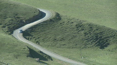 Country road zoom out Stock Footage