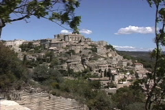 Provence Hill town of Gordes Stock Footage