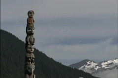 Totem Pole & mountains AK Stock Footage