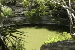 Sacred cenote Chichen Itza Stock Footage