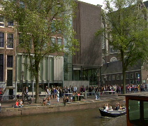 People in line at Anne Frank Museum  Stock Footage