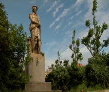 Rembrandt Statue Time Lapse Stock Footage