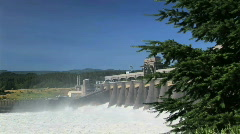 Bonneville Dam Along Columbia River in Oregon - pacific northwest Stock Footage