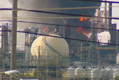 Refinery fire 09 Stock Footage