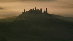 Morning mist nr Pienza Italy Stock Footage