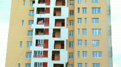 House building: installation of glasses on balconies Stock Footage