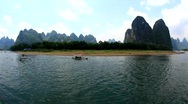 Sailing the Li river from Guilin to Yangshuo Stock Footage