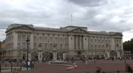 Buckingham Palace time lapse Stock Footage