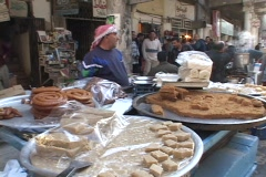 A street vendor sells food in Baghdad. Stock Footage