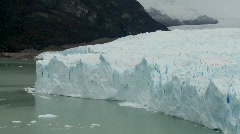 A view of the front rim of a glacier where it meets the sea. Stock Footage