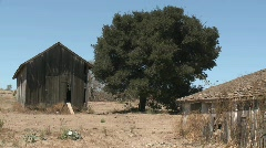 Pan across nn old barn in the Salinas Valley, Monterey Stock Footage