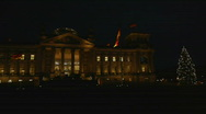 HD1080p Reichstag building at night in Berlin Stock Footage